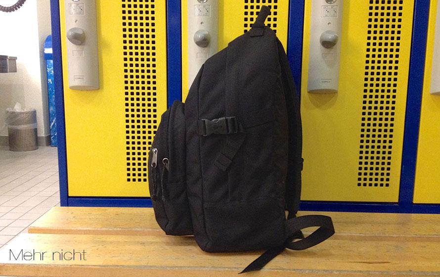 Hier ist mein kleiner Rucksack mit der gesamten Sport- und Seminarausrüstung