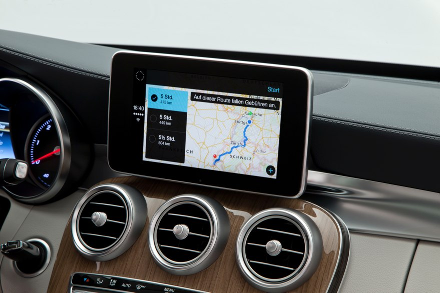 genf-2014-apple-mercedes-carplay-c-klasse-2014-jens-stratmann-ipadblog