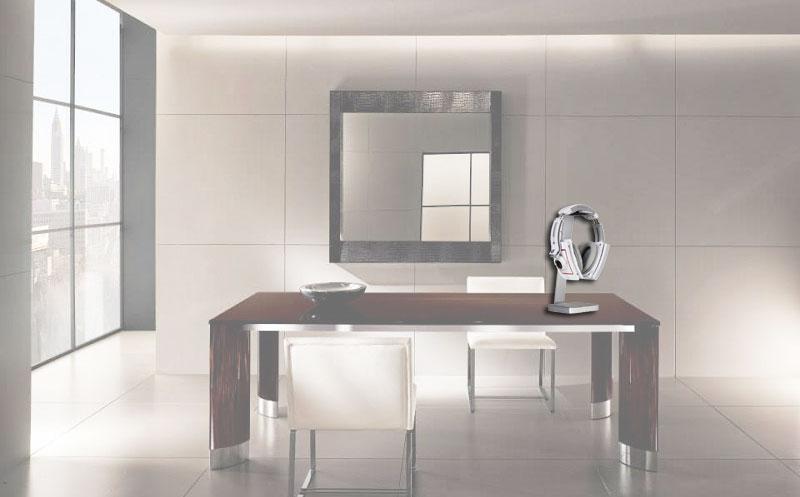 LUXA E-One Aluminum Designer Headset Halter auf einem Traumschreibtisch