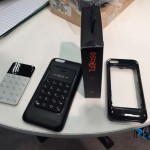 0Card Size Phone auf der CES in Las Vegas 2015